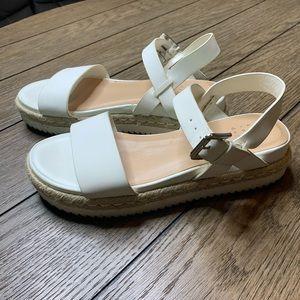 ⭐️3/$25⭐️ A New Day White platform sandals